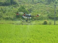 无人机三分钟飞防一亩地!农业植保不用愁!